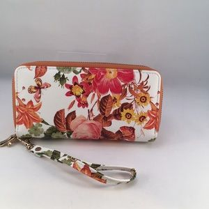 Fall/spring wallet with wristlet strap